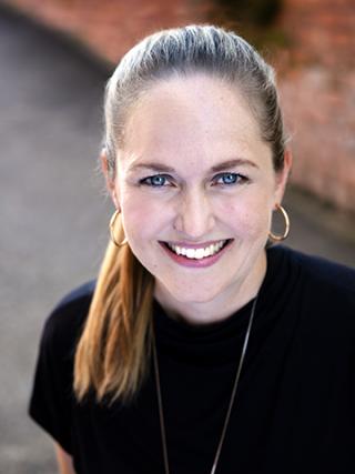 Dr Christine Gentner